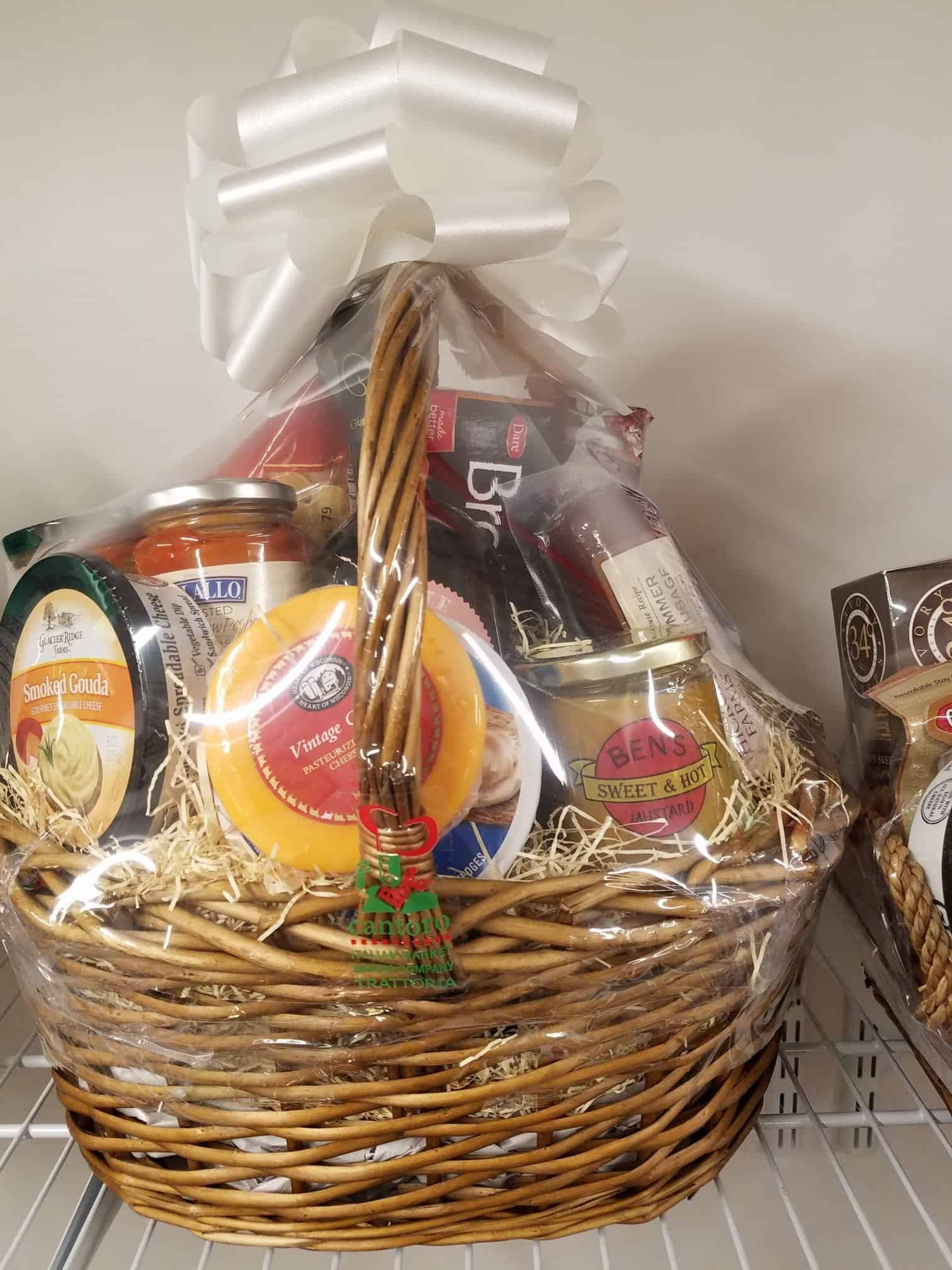 gift baskets cards cantoro italian market. Black Bedroom Furniture Sets. Home Design Ideas