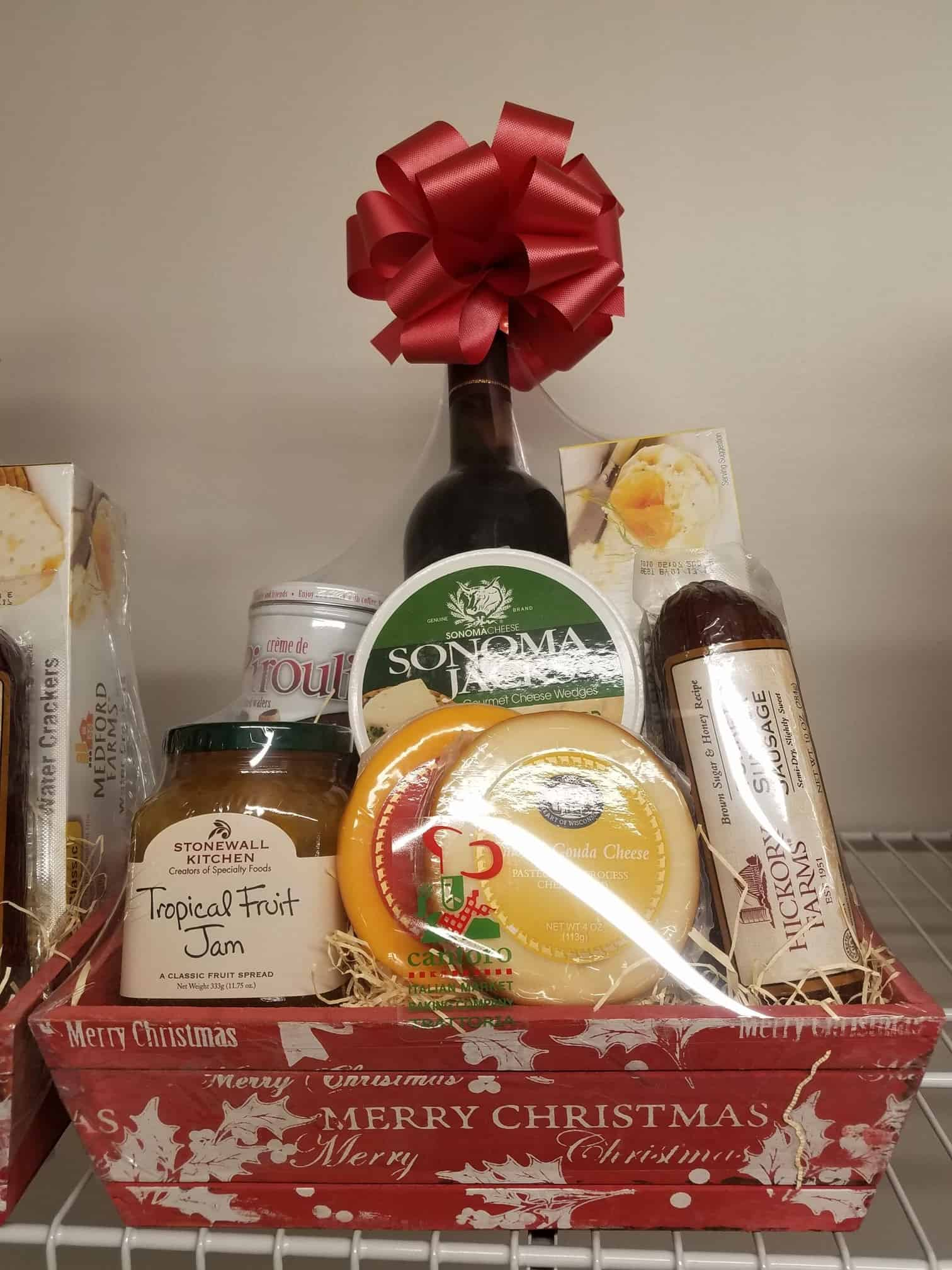 Gift Baskets & Cards - Cantoro Italian Market